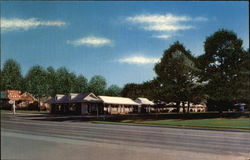 Lincoln Motor Courts Postcard