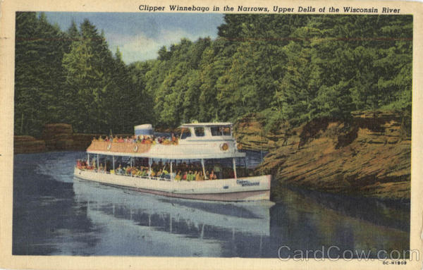 Clipper Winnebago In The Narrows Wisconsin Dells