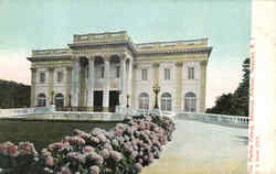 The Marble Palace, Bellevue Avenue