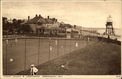 Dovercourt Bay - Tennis Courts & Lighthouse