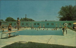 Front Royal's Largest Swimming Pool, Virginia Gentleman Motel and Restaurant