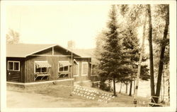 Shorewood Lodge, Squirrel Lake