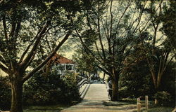 Envers Walk, Rhodes-On-The-Pautuxet