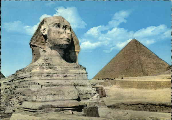 Great Sphinx of Giza and Kheops Pyramid Cairo Egypt