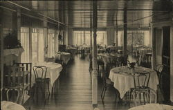 Dining Room at Mount Holyoke Hotel