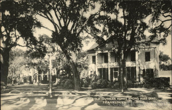 Old southern homes among aged oaks franklin la for Southern homes louisiana