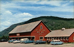 The Big Red Barn, Home of Vermont Treenware