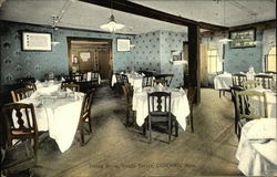Dining Room at Wright Tavern