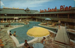 Sun - N - Sand Hotel Court - West Beach