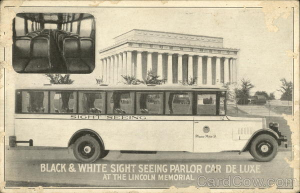 Black & White Sight Seeing Parlor Car De Luxe at the Lincoln Memorial