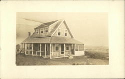 Cape Cod summer cottage 1920s