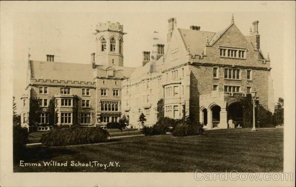 Emma Willard School Tr...