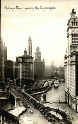 Chicago River among the skyscrapers Postcard
