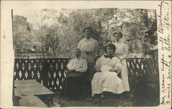 Group photograph of women in the early 20th century