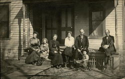 Photographic portrait of a family