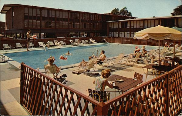 Viking Hotel & Motor Inn - Swimming Pool Newport Rhode Island