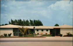 The Dilly Motel and Apartments