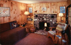 Migis Lodge on Sebago Lake - Cottage Living Room