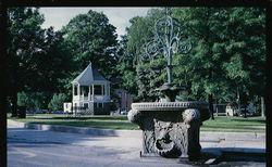 Uptown Common - Bandstand and Twichell Fountain