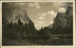 Scenic View of Yosemite Park