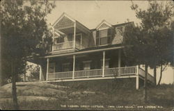 The Warren Creed Cottage, Twin Lake Villa