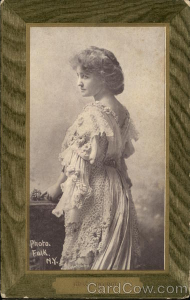 Photo of Grace George in Green Frame Actresses