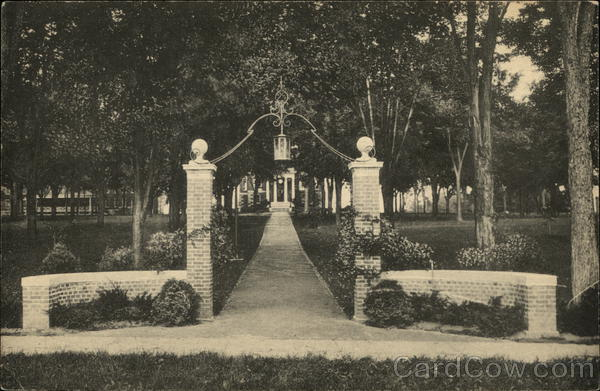 Class of 1929 Gate to Hathorn Hall, Bates College Lewiston Maine
