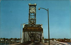 Memorial Bridge Postcard