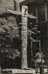 The Bushnell Totem Pole
