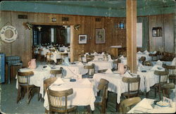 Ye Cottage Inn, A View of the Main Dining Room