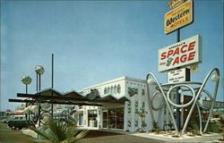 Stovalls' Space Age Lodge