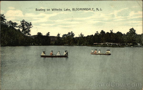 Boating on Wittecks Lake Bloomingdale New Jersey