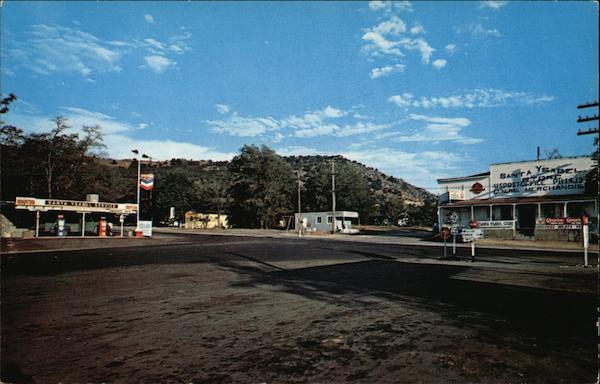 Street Scene in Picturesque Village Santa Ysabel California