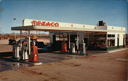 Forecourt of Bill's Texaco