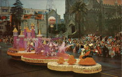 1955 Pasadena Tournament of Roses Float - Helms Olympic Bakeries