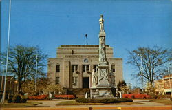 Court House Square and Confederate Monument
