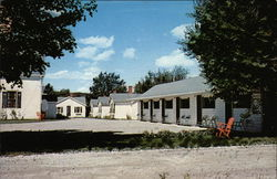Mac Kenzie's Motel and Cottages