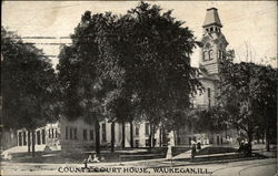 Street View of County Court House Postcard