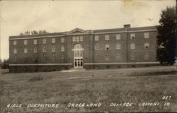 Girls Dormitory, Graceland College
