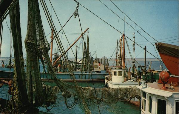 Commercial fishing boats shinnecock bay hampton bays ny for Fishing boats ny