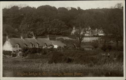 Raglan Lodge & Old Vicarage