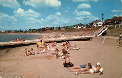 Knollwood Beach and Cottages