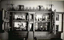 Coffin Dolls' House