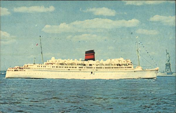 QTEV Queen Of Bermuda Cruise Ships Postcard - Queen of bermuda cruise ship