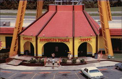 Pedro's Sombrero Tower Shops, South of the Border