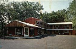 Mid-Town Motel, Main Street