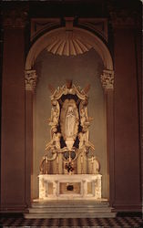 St. Patrick's Cathedral - The Madonna Altar
