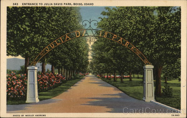 Entrance to Julia Davis Park Boise Idaho
