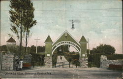 Entrance to Highland Park