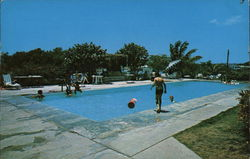 Hotel La Parguera - Swimming Pool Postcard